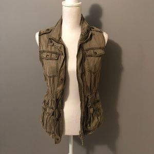 Army Green Military-Style Vest